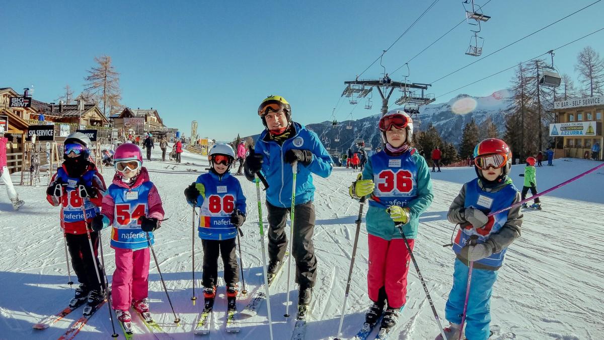 Komu powierzyć szkolenie dziecka w jeździe na nartach?