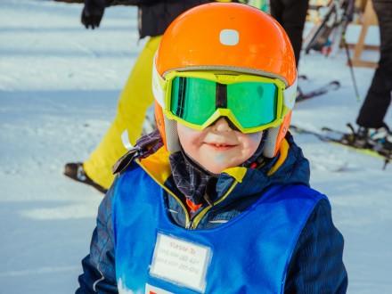 Czym jest i jak wygląda przedszkole narciarskie?