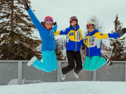 Narty czy snowboard, czyli dylematy poszukiwaczy zimowych przygód